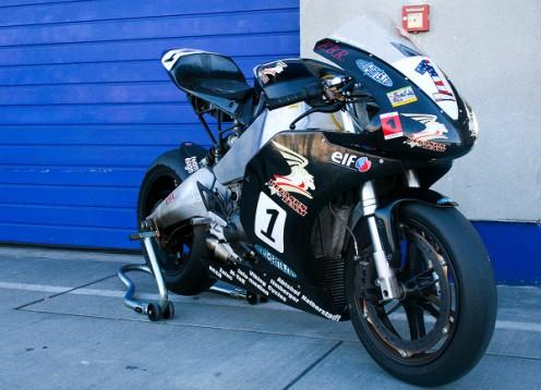 Мощност и сила в състезателния мотор Buell 1190RS 01