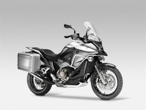 Honda ще създаде мотор Crosstourer 01