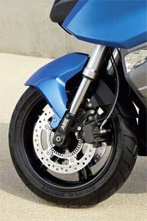 BMW C 600 Sport / C 650 GT 06