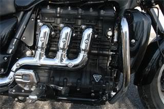 Triumph Rocket III Roadster - Голям, по-голям, най-голям... 07
