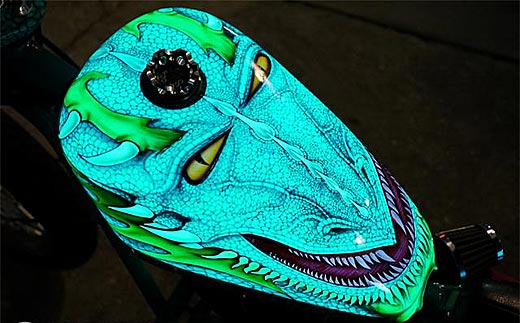Луминисцентна боя обра овациите на Daytona Bike Week 2013 01