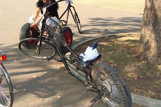"""Бургазлия майстори уникални велосипеди """"Чопър"""" от стари чаркове 01"""