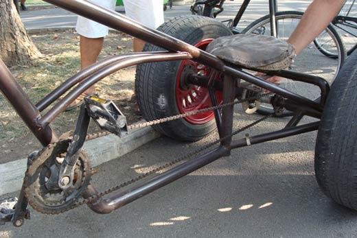"""Бургазлия майстори уникални велосипеди """"Чопър"""" от стари чаркове 06"""